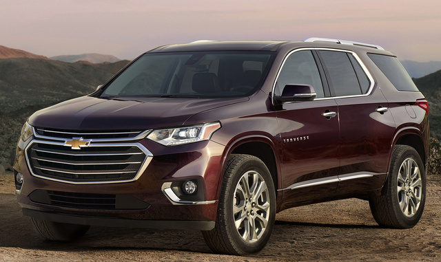 2018 Chevrolet Traverse, Front-quarter view., exterior, manufacturer