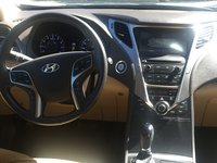 Picture of 2014 Hyundai Azera Limited, interior