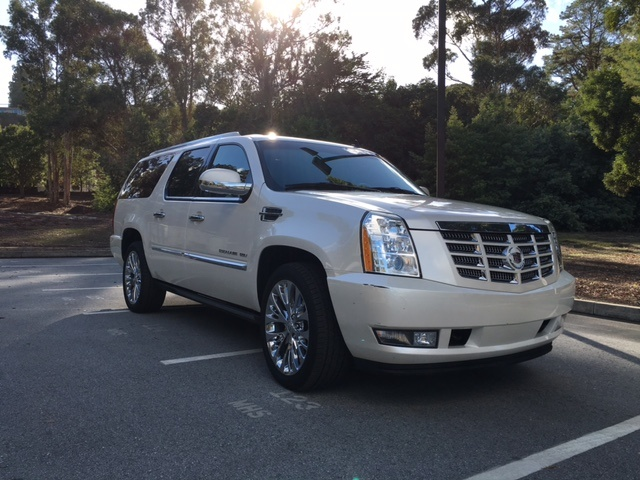 2010 cadillac escalade esv pictures cargurus. Black Bedroom Furniture Sets. Home Design Ideas