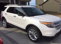 2014 Ford Explorer XLT 4WD, Front Right, exterior