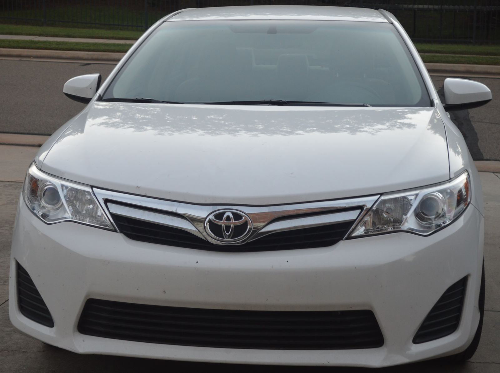 2014 toyota camry le used cars in edmond 73003. Black Bedroom Furniture Sets. Home Design Ideas