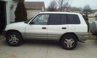 Picture of 2000 Toyota RAV4 Base