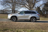 Picture of 2016 Toyota Highlander XLE AWD