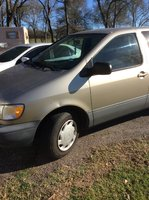 Picture of 2000 Toyota Sienna CE