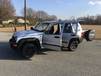 Picture of 2004 Jeep Liberty Sport 4WD