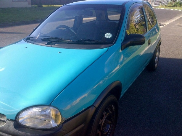 hi. i have a opel corsa lite 1998 model 1.4l 2 door and its jus shutting down on the road in driving mode & Opel Corsa Questions - hi. i have a opel corsa lite 1998 model 1.4l ...