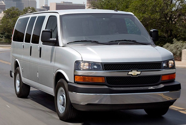 2017 Chevrolet Express, Front-quarter view., exterior, manufacturer, gallery_worthy