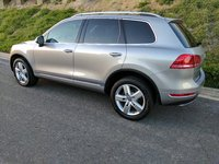 Picture of 2011 Volkswagen Touareg Hybrid AWD, exterior, gallery_worthy