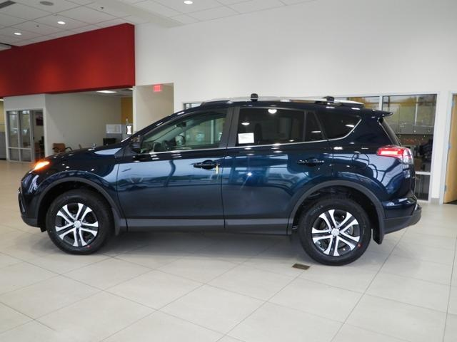 Picture of 2017 Toyota RAV4 LE