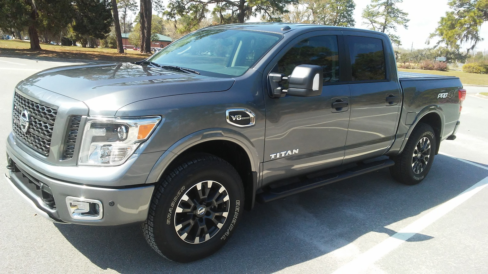 Picture of 2017 Nissan Titan PRO-4X Crew Cab 4WD