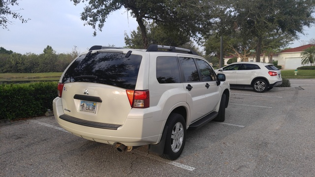 Picture of 2008 Mitsubishi Endeavor LS