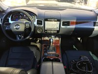 Picture of 2014 Volkswagen Touareg VR6 Lux, interior