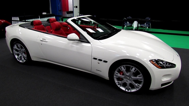 Picture of 2016 Maserati GranTurismo Convertible