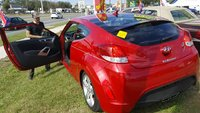 Picture of 2015 Hyundai Veloster Base, exterior
