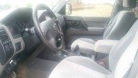 Picture of 2001 Mitsubishi Montero XLS 4WD, interior