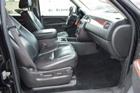 Picture of 2010 Chevrolet Tahoe LT, interior