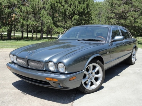 Picture of 2001 Jaguar XJR 4 Dr Supercharged Sedan