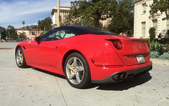 Picture of 2017 Ferrari California T Roadster