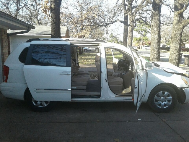 Picture of 2007 Hyundai Entourage Limited, exterior, gallery_worthy