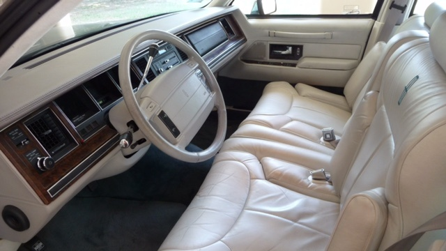 Picture of 1992 Lincoln Continental Signature FWD, interior, gallery_worthy