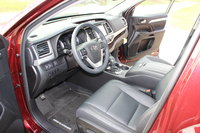 Picture of 2017 Toyota Highlander XLE AWD, interior