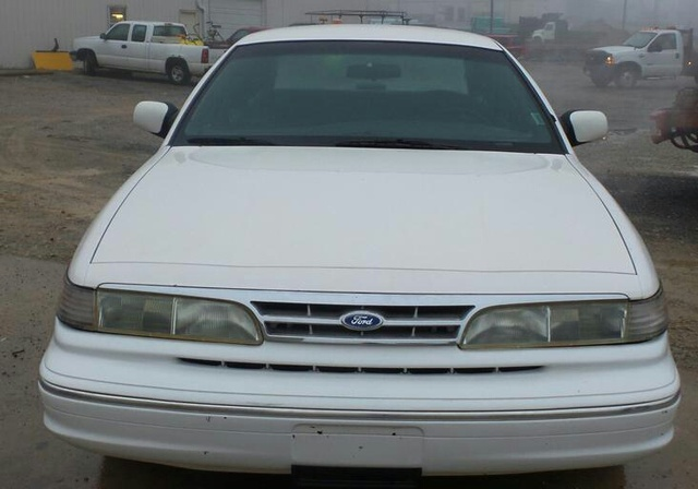 Picture of 1995 Ford Crown Victoria 4 Dr LX Sedan, exterior
