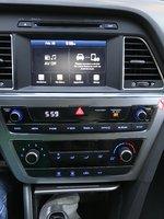Picture of 2016 Hyundai Sonata SE, interior