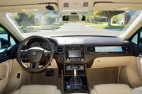 Picture of 2012 Volkswagen Touareg VR6 Sport, interior