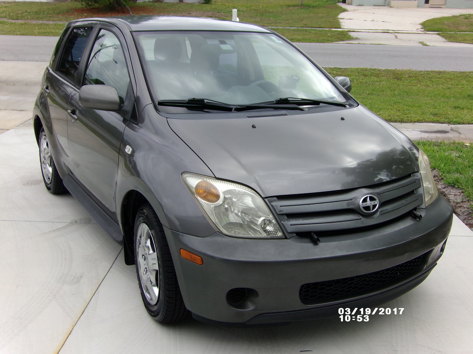 Ford Lincoln Of Franklin >> 2004 Scion xA - Overview - CarGurus