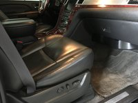 Picture of 2009 Cadillac Escalade EXT 4WD, interior, gallery_worthy