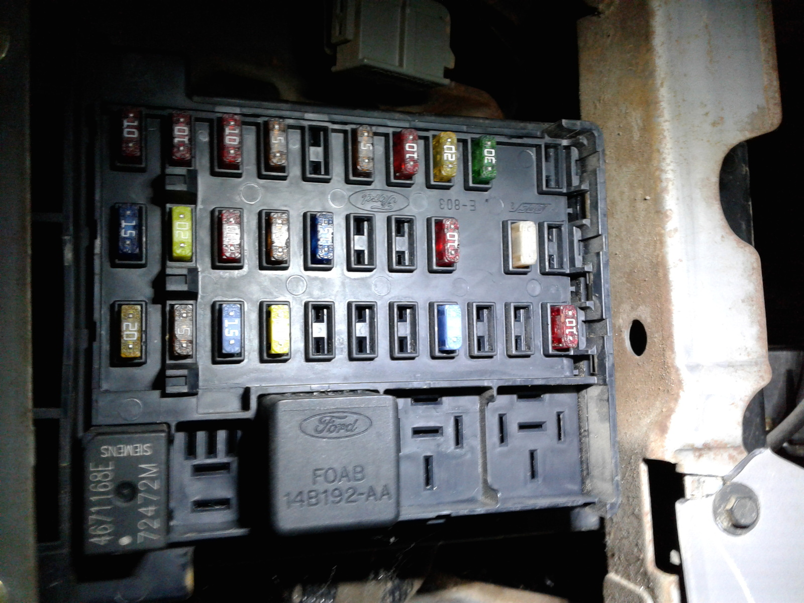 Fuse Box Diagram 2002 Ford F 250 Sel Super Duty Questions Wont Start Cargurus Heres In The Cab