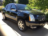 Picture of 2013 Cadillac Escalade EXT Premium, exterior