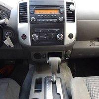 Picture of 2014 Nissan Frontier SL Crew Cab, interior