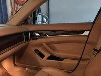 Picture of 2014 Porsche Panamera 4, interior