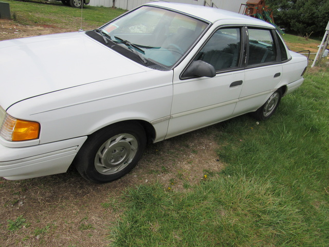 Picture of 1992 Ford Tempo 4 Dr GL Sedan