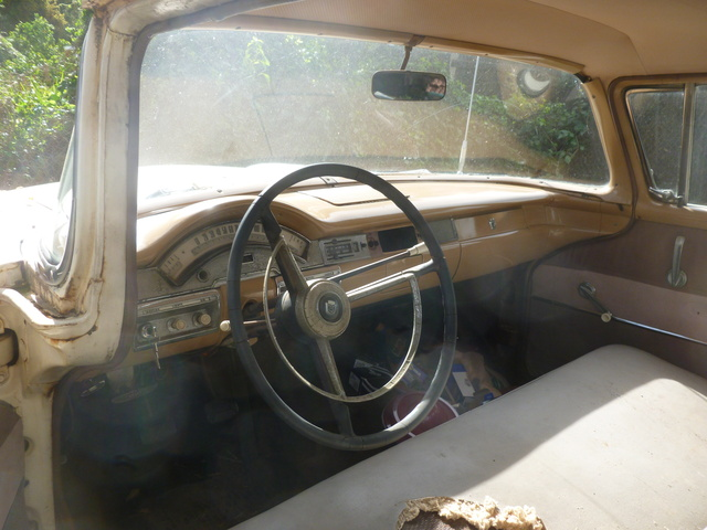 picture of 1958 ford ranchero interior