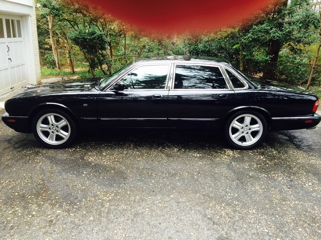 Picture of 2000 Jaguar XJR 4 Dr Supercharged Sedan