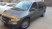 Picture of 1999 Chrysler Town & Country Limited, exterior