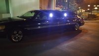 Picture of 1999 Lincoln Town Car Signature