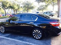Picture of 2017 Honda Accord Hybrid EX-L, exterior, gallery_worthy