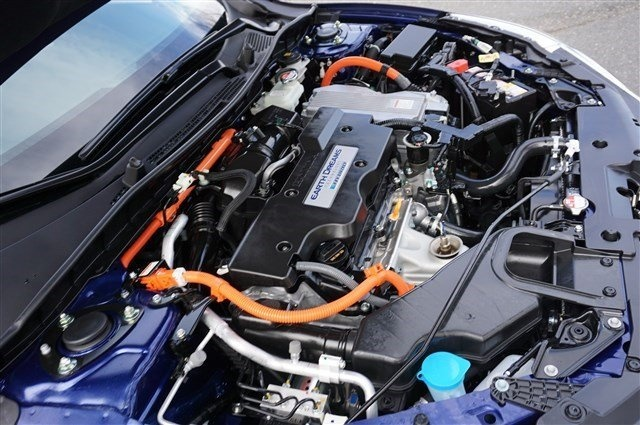 Picture of 2017 Honda Accord Hybrid Touring, engine, gallery_worthy