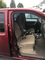 Picture of 2014 Nissan Frontier SV Crew Cab 4WD, interior